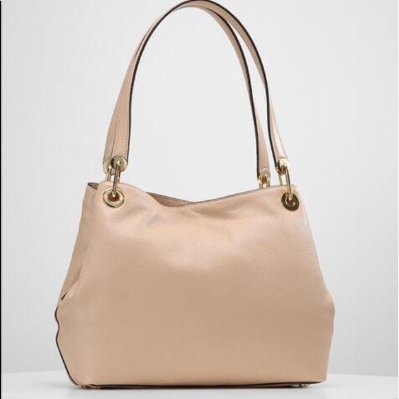 8b24365c3945 NWT Michael Kors Raven Oyster beige nude handbag